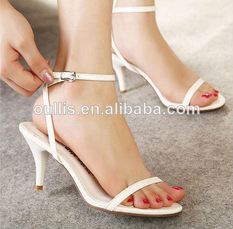 Piernas Sexys Con Zapatos Imágenes De Archivo,