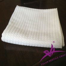 white 100% cotton blanket