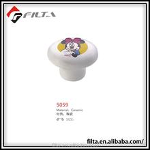 2014 hot sale kittchen bedroom porcelain drawer handles