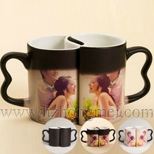 DIY 2015 New Arrival cheap lover ceramic mugs double color changing mugs with ear shape handle
