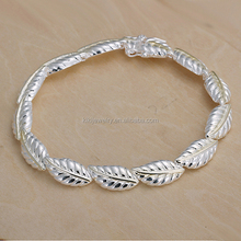 Elegant Sterling Silver Plated Feather Charm Bracelet Jewelry For Ladies