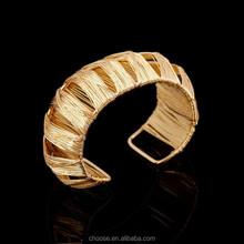 high quality fashion gold bangle,gold bangle,smart bangle