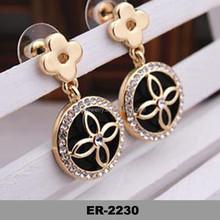 2015 Factory direct sale retro flowers round earrings crystal stud earrings