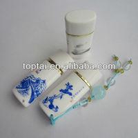 pretty hot selling blue and white porcelain shape 8gb USB 2.0 thumb drive
