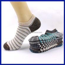 China wholesale 2015 Wholesale cover socks manufacturers day sock promotion