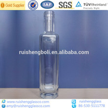 de pequeña capacidad de licor de cristal botella de 250ml