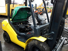 diesel engine/ 3 mast komtsu forklift 3 Ton for container used