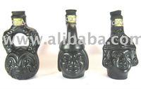 Coca liqueur ceramic bottles of Peruvian culture, containing coca leaf liqueur and maca