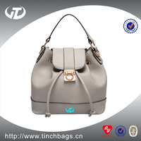 China Customized Hot Fashion Woman Floral Designer Handbags with very cheap factory price