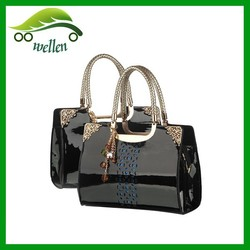 2015 New arriver fashion black patent leather handbag, hard bag for lady