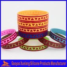 custom made heart shape debossed silicone wristband no minimum