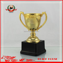 Hign-end toy hammered metal cup Metal medals trophies cups