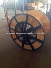 Carretéis de cabo de aço de madeira