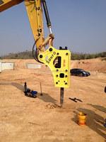 Hydraulic rock breaker for excavator Hyundai R200