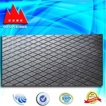 anti slip rubber mat with diamond-shaped surface