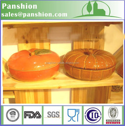 Hand paint ceramic pumpkin pie plate with lid