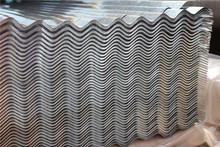 0.3-0.6mm thickness color steel roof tile roofing/shandong/china