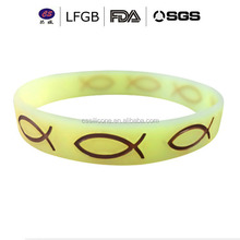 Customized Cheap Mixed Colors Silicone Bracelet with Embossed Logo /silcone wrist band
