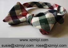 Rojo, Verde, De la marina de guerra, Y blanco chequeado pajarita doble lados Reversible auto corbata pajarita