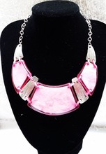 FASHION JEWELRY WESTERN STYLE ZINC ALLOY MIRROR SHELL WITH RESIN WAX NECKLACE RHODIUM PLAT