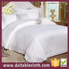 plain white bedspreads/bedding