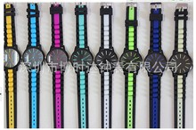 2015 new silicone watches quartz casual fashion sports watch 10 colors