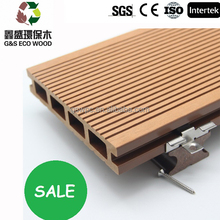 2015 China engineer wood flooring/ wpc decking/ hollow wood plastic composite engineer outdoor decking