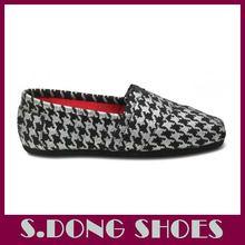 nueva moda pintado a mano los zapatos de lona