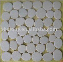White flat mesh mounted pebble