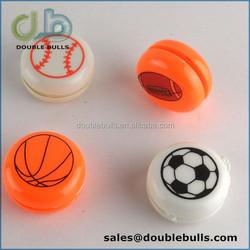 custom eggshell or capsule plastic toys yoyo ball / mini plastic soccer balls