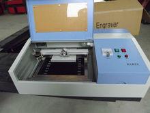 NC-S40 pequeño grabar en chaucho sello de máquina láser