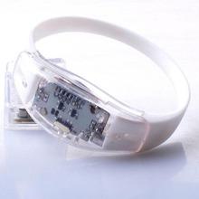 2015 Wholesale Led Cheap Flashing light wristband