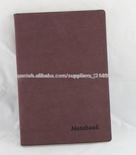 marrón de cuero suave cuaderno de direcciones con prensado en caliente