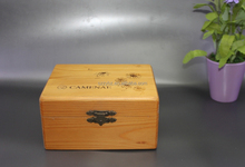 Wholesale Pine Wooden Crate with metal lock and custom logo print /large wooden crate for packaging /pine wood case for sale