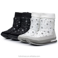 Snowflake Printing Snow Boots Women Flat Heel Winter Ankle Boots Waterproof Warm Plush Inside Shoes