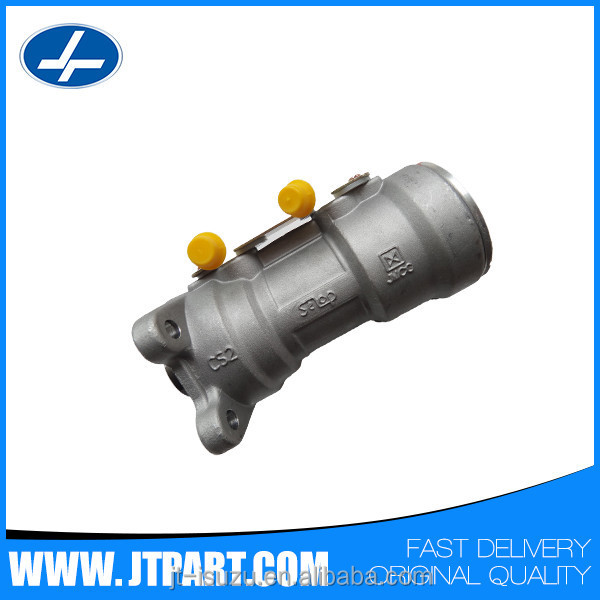 Clutch master cylinder350510010.jpg