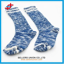2015 new style blue with white color warm adult sport knitting half calf stocking