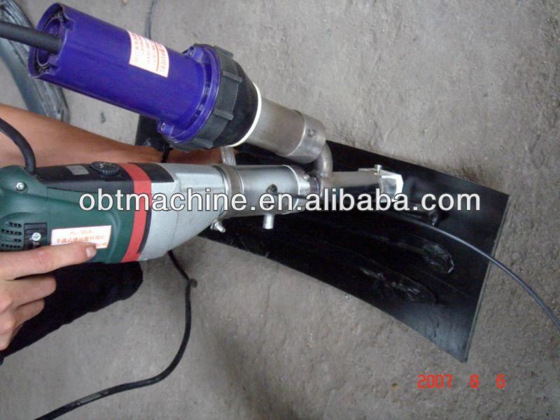 Automatic plastic sheet bending machine