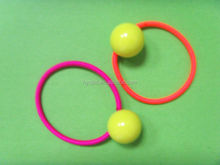 2015 Good quality round elastic hair band with ball