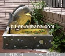 la resina de pescado diseño de jardín de escultura de la fuente