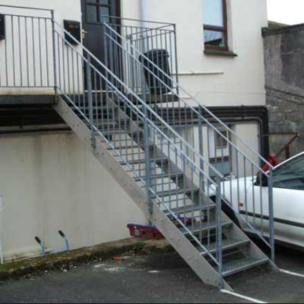 Usine personnalis en fer forg escalier ext rieur prix for Escalier exterieur prix