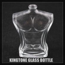 L'homme corps en forme de bouteille de parfum avec des capacités 100ml
