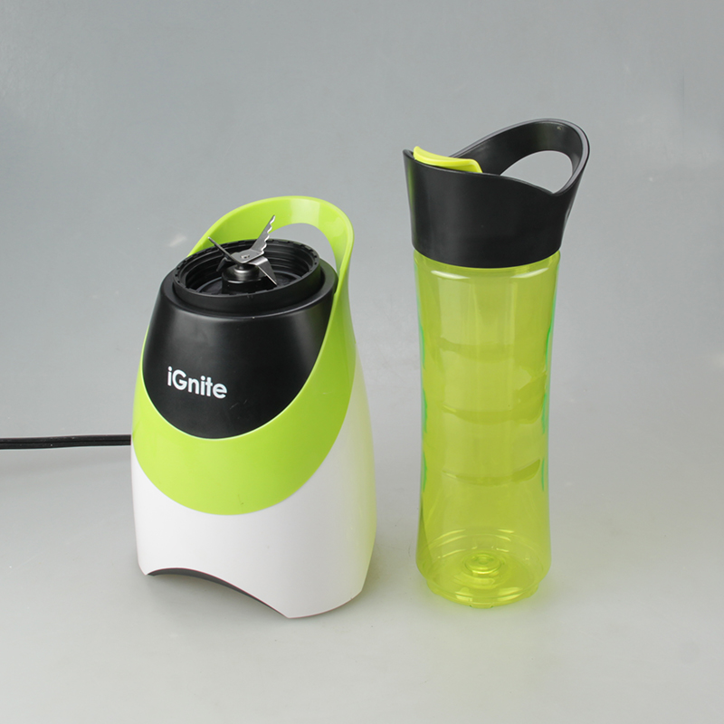 Small Electric Juicer ~ Hand juicer new mini portable electric blender