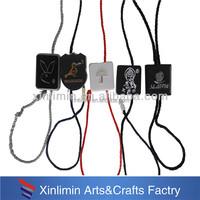 wholesale fashion customized garment seal tags/plastic tag