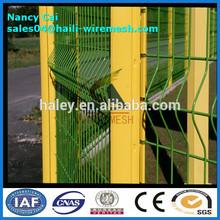 Alibaba flexión triangular de malla de alambre de esgrima/jardín esgrima( precio de fábrica)