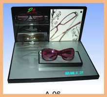 Wholesale high quality acrylic display stand for glasses show