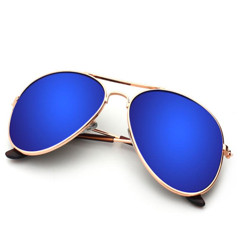 blue color sunglass.jpg