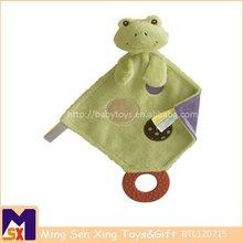 Juguete verde y púrpura relleno de DesignTeether de la rana