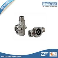 2015 hot sale OEM parts with good quality auto brake fluid valved nipple