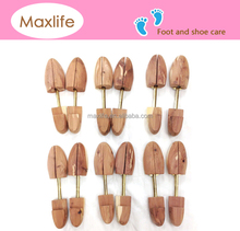 WKS-001 Aromatic Red cedar wood shoe tree with aromatic scent